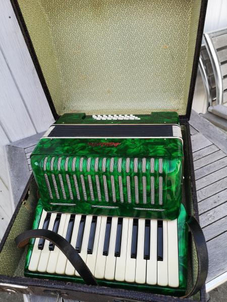 Harmonika ( Traviata )