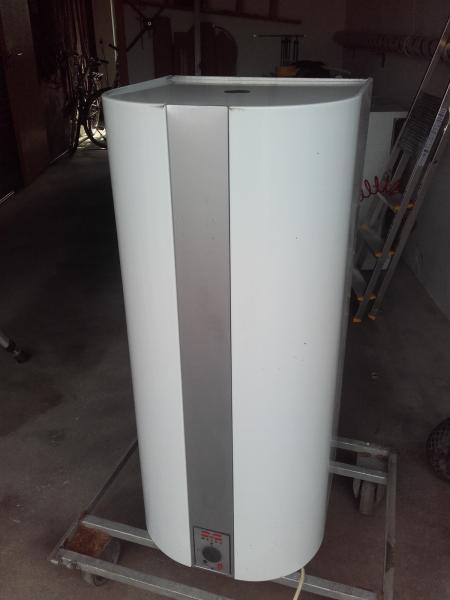 metro vandvarmer - Vibevænget 74 Breum - 110 l. vandvarmer med elpatron kan også kobles på varmeanlæg virker perfekt - Vibevænget 74 Breum