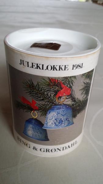 B & G Juleklokke i æsken - Viborg - B & G Juleklokke fra 1981 i æsken og ubrugt. Har nr. 9281 , 1. sortering. - Viborg