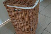 Vasketøjskurv i flet