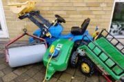 Pedal traktor med tilbehør