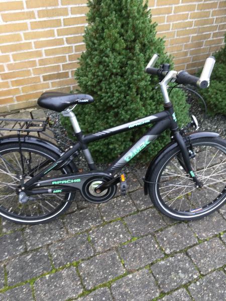 """Drengecykel - Højlundsvej 109 - Virkelig pæn 20"""" MBK drengecykel med 3/gear. Med lys, lås og støttefod. - Højlundsvej 109"""