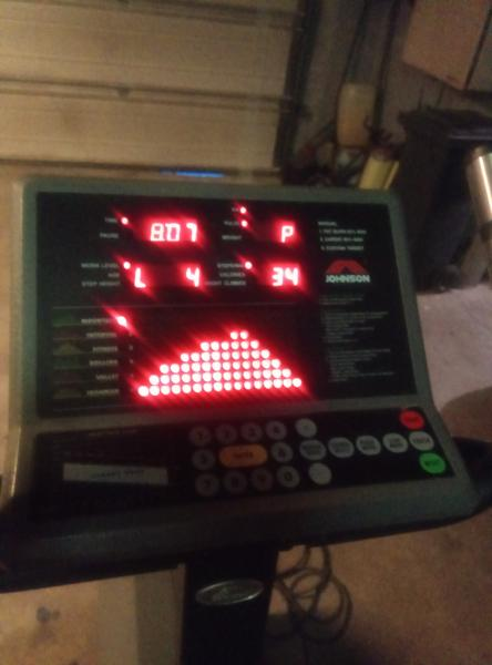 Stepmaskine - Ilbjergvej 5 - Johnsen professionel step maskine sælges på grund af plads mangel. Virker upåklageligt - Ilbjergvej 5