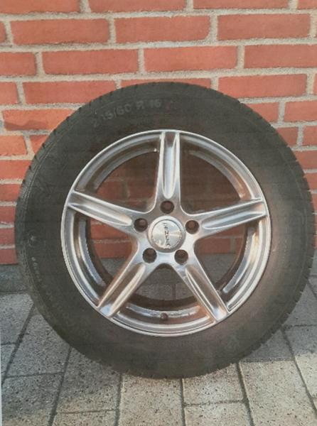 Vinterdæk - Fjordvej 18 - 4 komplette 16″ alu vinterhjul, sælges med OK vinterdæk. Fælge Dezent 61/2JX16H2. Henvendelse 21177261 - Fjordvej 18