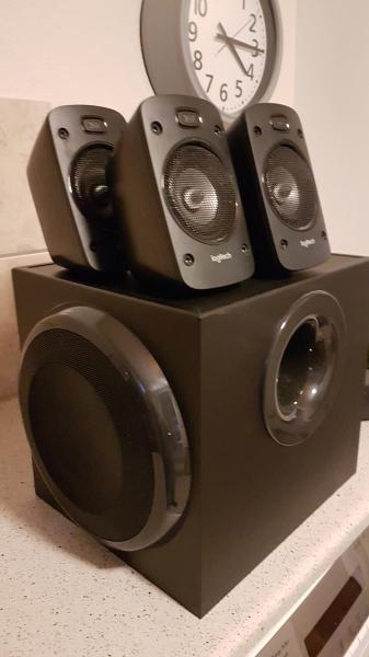5.1 højttalersæt Logitech Z906 - Brøndumvej 1, Hem - Anlægget er 100% OK Alt medfølger – alle kabler og fjernbetjening - Brøndumvej 1, Hem