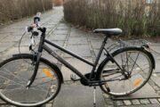 Brugt pigecykel sælges 200 kr