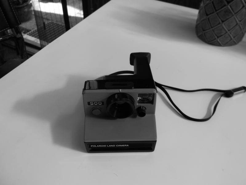 kamerasamling - Fyrrevænget 29 - Olympus trip 35 -150kr Minolta 3000 i -250kr Minolta 5000-275kr polaroid -100kr russisk fin app- 200kr zeis ikon tenax carl zeis optik med blits 500kr diverse degitale app -100kr opefter 2stk camera til bilen 75kr pr stk canon a1 er solg - Fyrrevænget 29