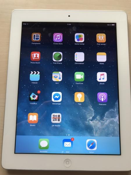 iPad 2 16GB - Visdal 8 - Virker perfekt. Brugsridser på bagsiden. - Visdal 8