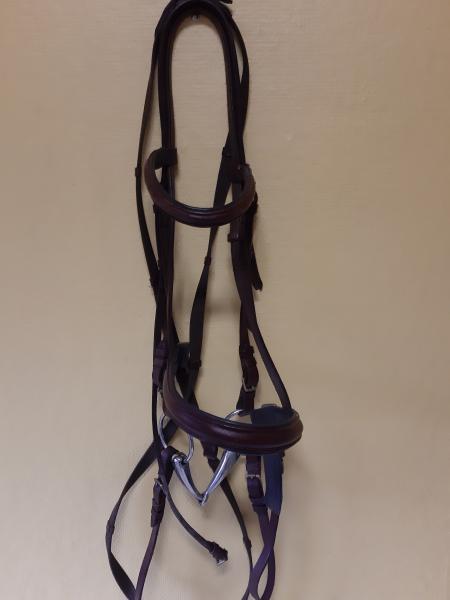 Hovedtøj til stor hest med bid - Lyngtoften - Hovedtøj til stor hest med bid. Brun - Lyngtoften