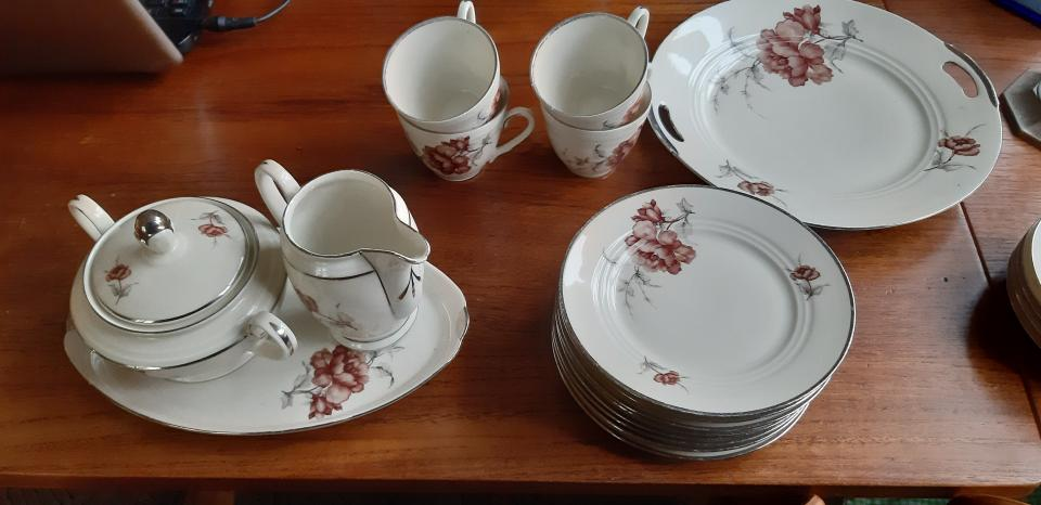 Assorteret porcelæn