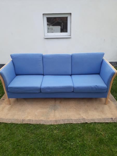 Velholdt sofa
