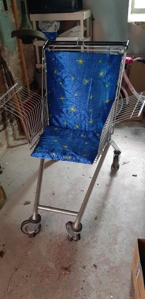 Indkøbs vogn, lavet til stol