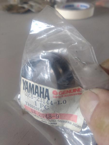 Yamaha Forgaffel Pakning