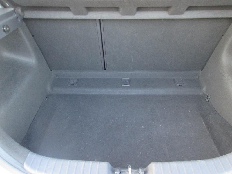 Hyundai i30 benzin med lav km