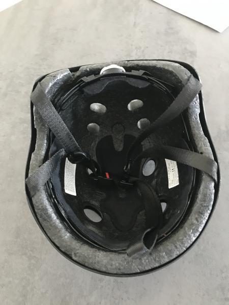 Mango cykel- eller skaterhjelm