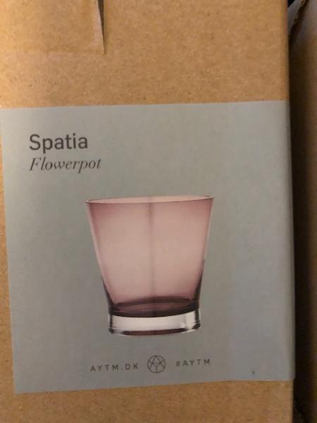 Spatia Flowerpot vaser sælges