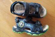 Skofus sandaler med lys