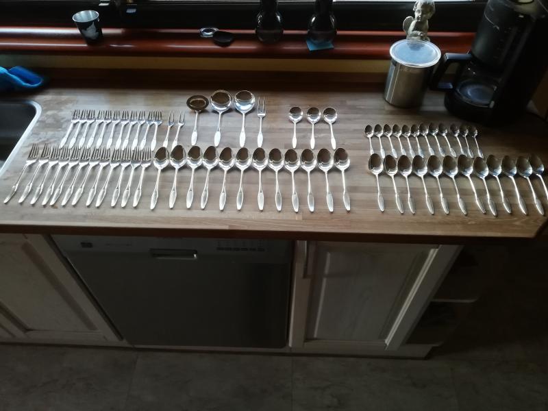 Sølvbestik sælges