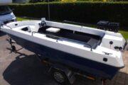 Styrpultbåd