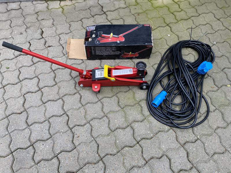 Kabel + Donkraft