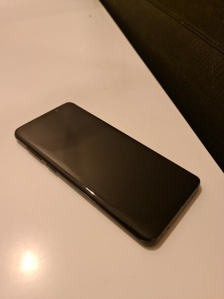 Samsung S9+ 64 GB sort