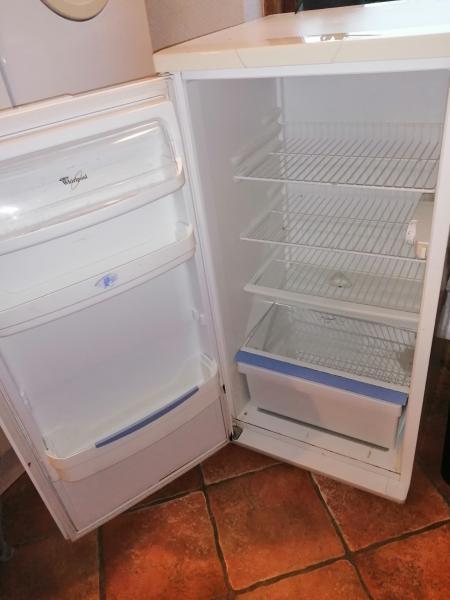 Køleskab sælges