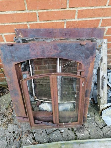 Ældre tag stald vinduer