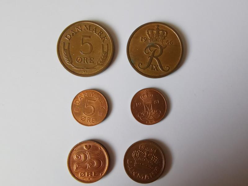 Mønter sælges.