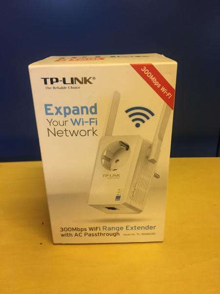 WiFi extender og router