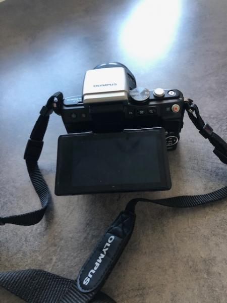 Olympus kamera sælges