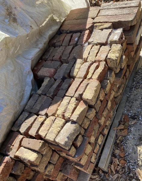 Nye + gamle mursten