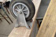 Planke med 2 faste hjul