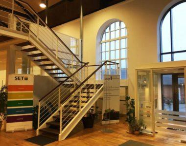 SET inviterer til Åbent hus