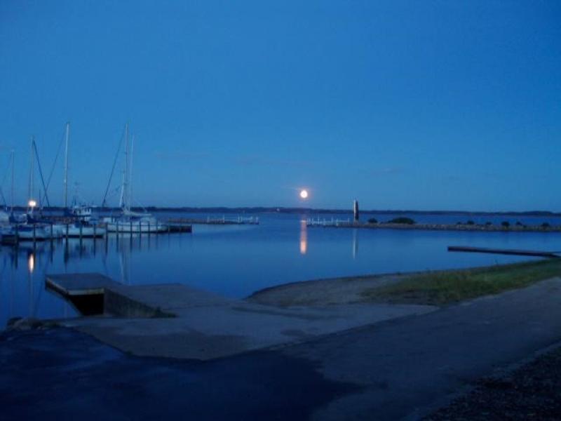 Solnedgangsmusikken på Skive Havn starter igen